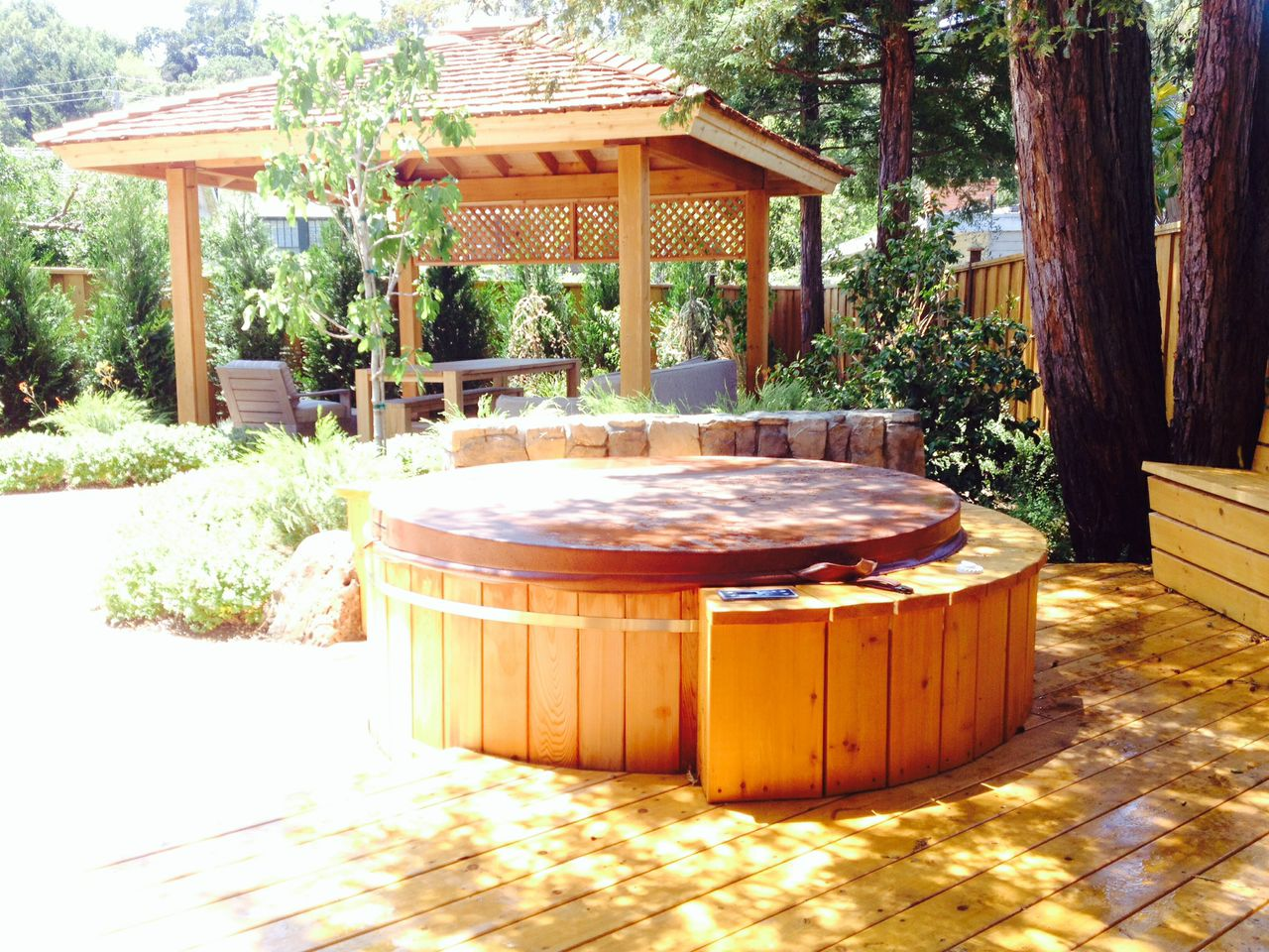 Cedar Wood Hot Tubs Custom Wood Hot Tubs Electric Or Gas Heat